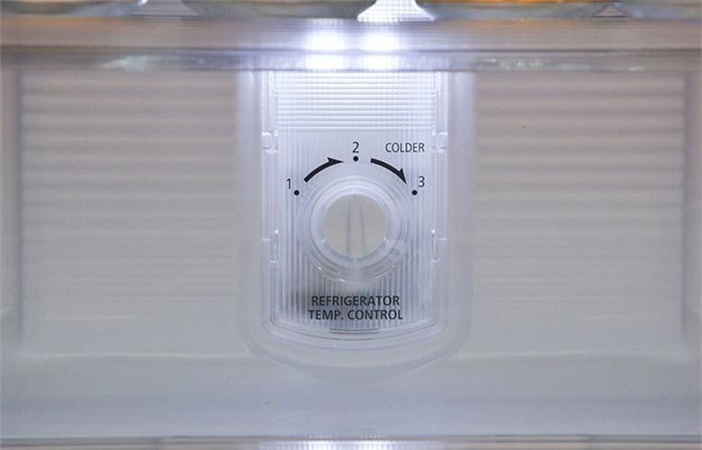 Tủ lạnh Panasonic NR-BJ151SSV1-5