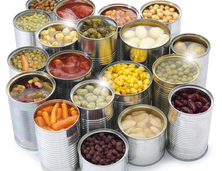 Thoải mái cất chứa thực phẩm đóng hộp mà không lo trầy xướt các khay kệ