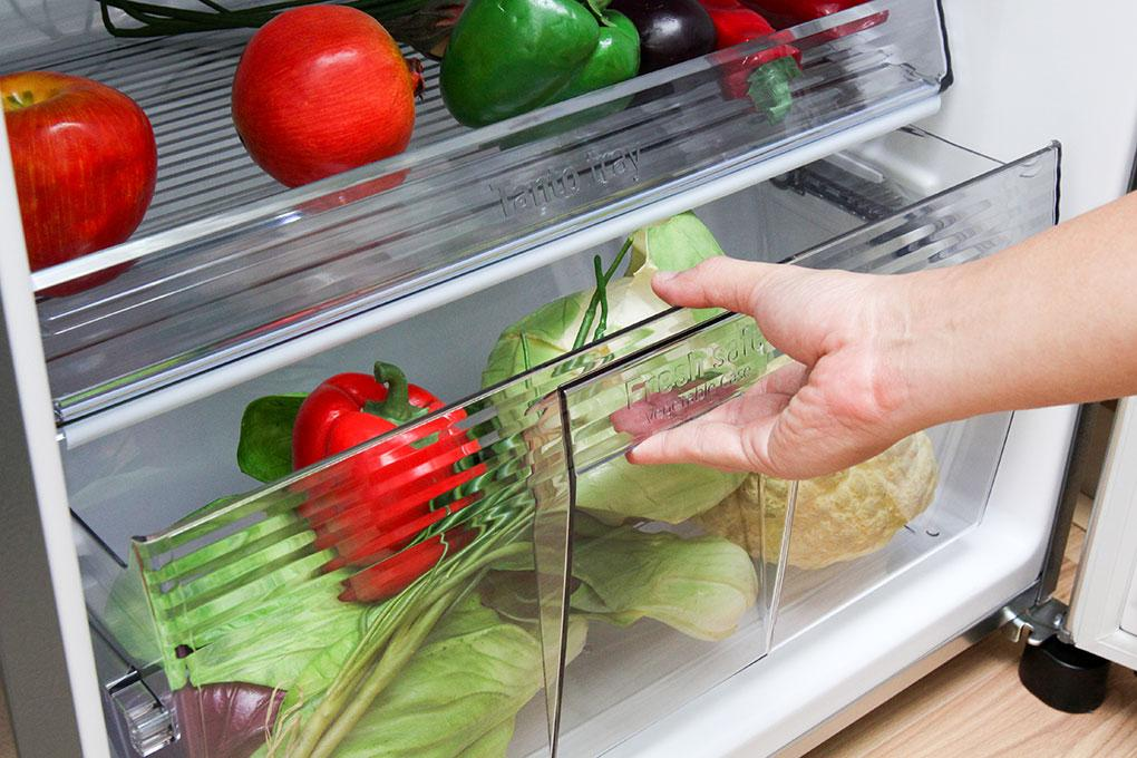 Ngăn rau quả có khả năng duy trì độ ẩm giúp thời gian bảo quản thực phẩm tăng cao