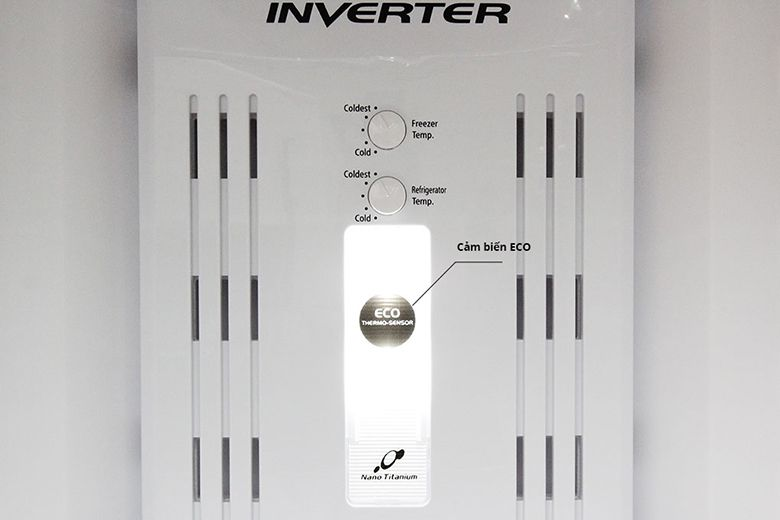 Cảm biến ECO giúp cho máy bạn luôn ở nhiệt độ phù hợp nhất