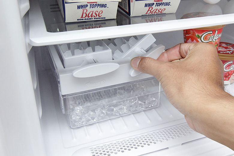 Với tính năng này giúp tủ lạnh của bạn luôn giữ được nhiệt độ lâu nhất khi mất điện .