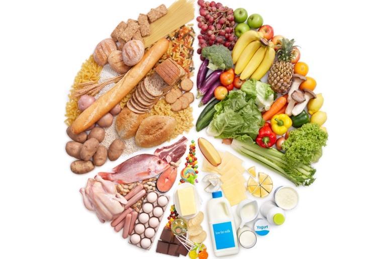 Dung tích 225 lít cho phép lưu trữ được nhều loại thực phẩm