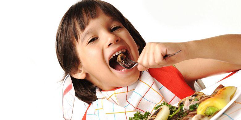Thức ăn giữ được dưỡng chất, an toàn sức khỏe với công nghệ Nano Titanium kháng khuẩn