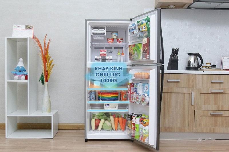 Một điều đặc biệt là tủ lạnh Toshiba GR- S21VPB (DS) sở hữu khay kính chịu lực tốt