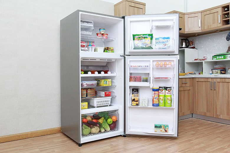 Thiết kế ngăn tủ lớn hơn giúp bạn trữ được nhiều thực phẩm hơn