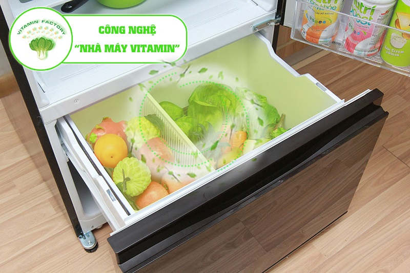 Tủ lạnh Mitsubishi Electric MR-V50EH-SLW có ngăn rau củ với đèn LED màu cam
