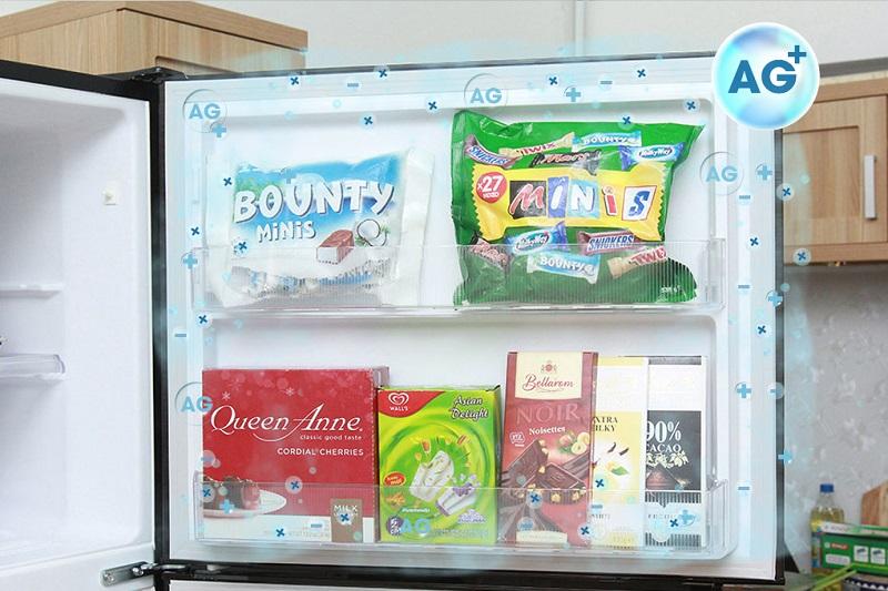 Tủ lạnh Mitsubishi Electric MR-V50EH-SLW có thành và đệm cửa chứa bạc