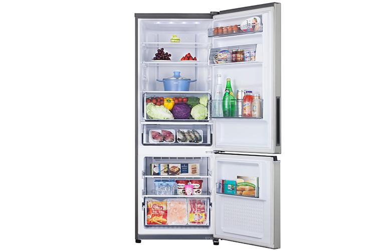 Bên trong tủ lạnh cấp đông mềm Panasonic