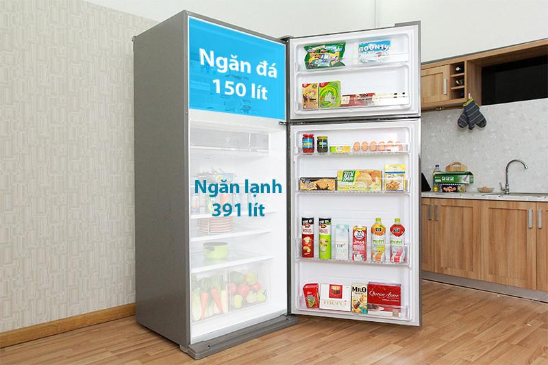 Với dung tích lên đến 585 lít, tủ lạnh Sharp SJ-XP590PG-SL sẽ phù hợp cho những gia đình có số thành viên đông