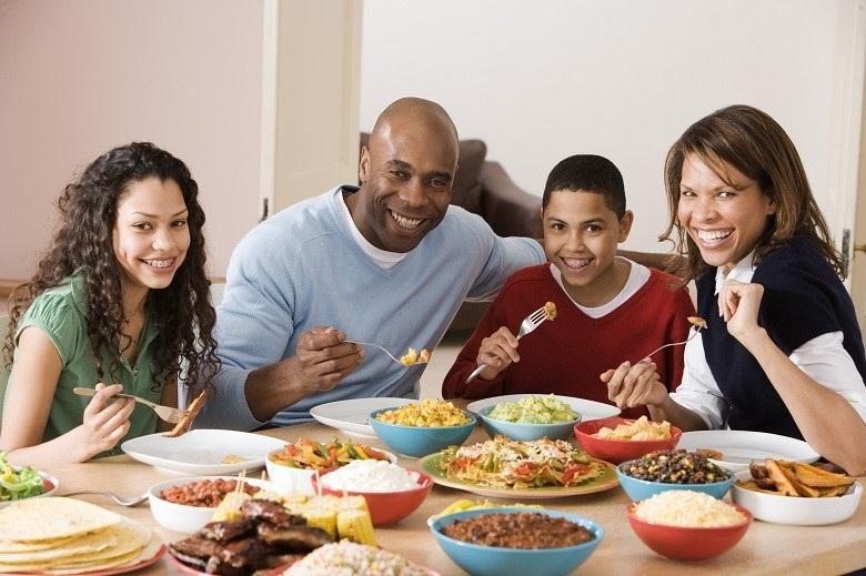 Làm lạnh nhanh chóng giữ được sự tươi ngon của thực phẩm mang lại bữa ăn ngon cho gia đình bạn