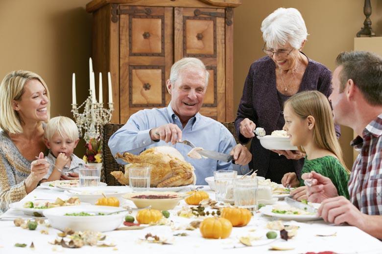 Dung tích lớn phù hợp với gia đình 6-7 người.