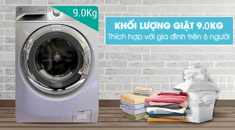 Khối lượng giặt lớn, phù hợp cho gia đình đông người