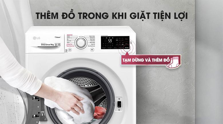 Dễ dàng thêm quần áo - Máy giặt LG Inverter 9 kg FC1409S3W1