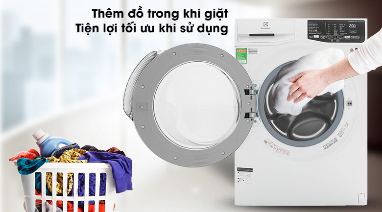 Máy giặt Electrolux Inverter 9 kg EWF9025BQWA - Thêm đồ