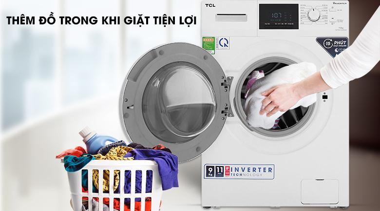 Máy giặt TCL TWF90-M14303DA03 - thêm đồ khi giặt