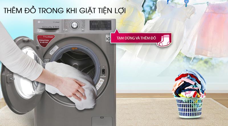 Máy giặt sấy LG Inverter 9 kg FV1409G4V-Tiện lợi khi thêm đồ giặt và nước xả với cửa phụ Add Item