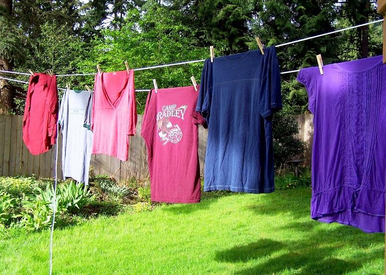 Quần áo mau khô với tốc độ quay vắt 800 vòng/phút