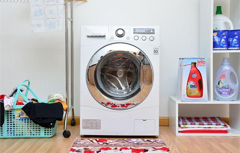 Máy giặt LG WD-13600 có thiết kế đẹp và đẳng cấp
