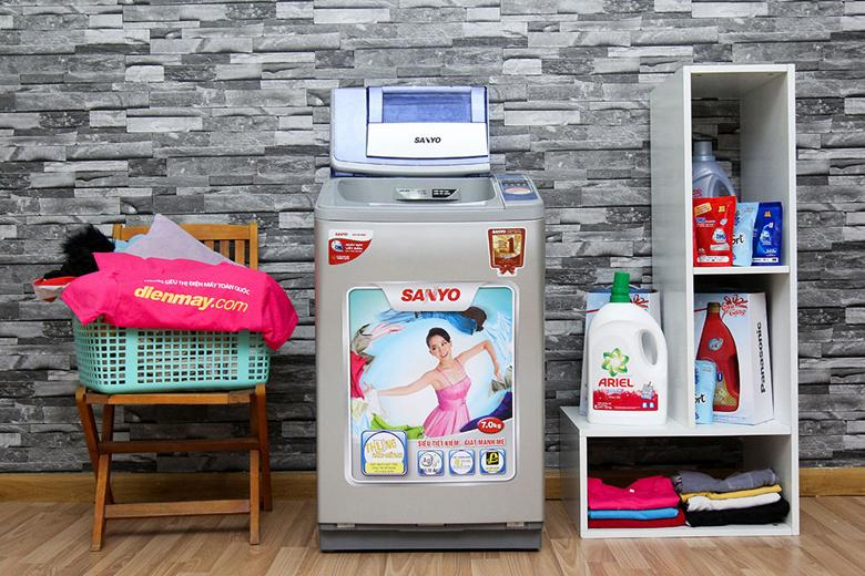 Thiết kế tổng quan của máy giặt Sanyo ASW-F800Z1T