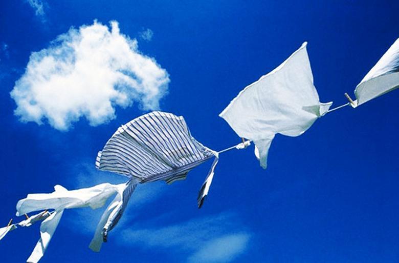 Tốc độ quay vắt lớn làm khô quần áo nhanh hơn