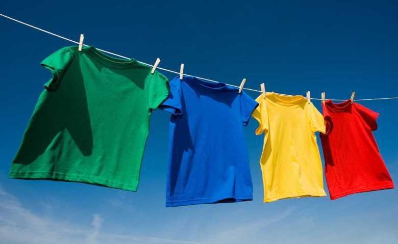 Tốc độ quay vắt mạnh mẽ giúp quần áo nhanh khô