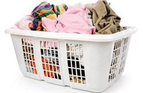 Cho thêm quần áo trong khi giặt