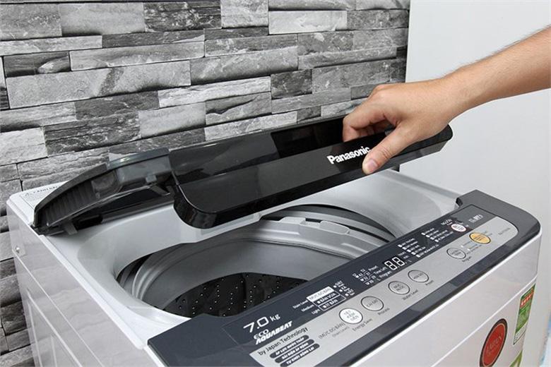 Thiết kế cửa lồng giặt lớn, dễ dàng và thuận tiện hơn