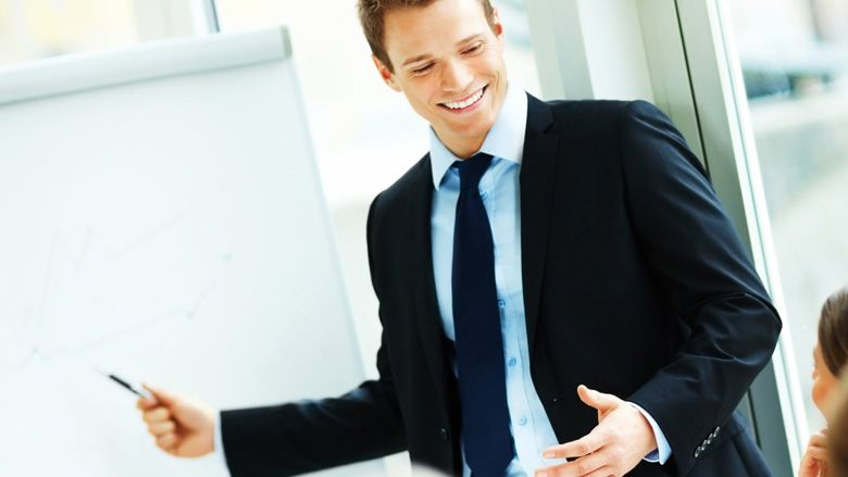 Quần áo tinh tươm giúp bạn tự tin hơn