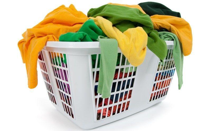 Chọn chế độ giặt và nhiệt độ nước phù hợp với từng loại quần áo