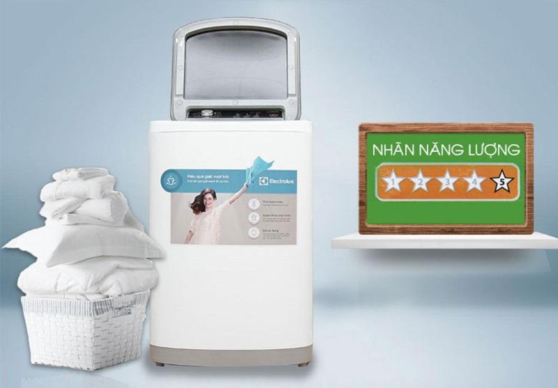 Máy giặt Electrolux EWT8541 còn có tính năng tiết kiệm điện và nước cao