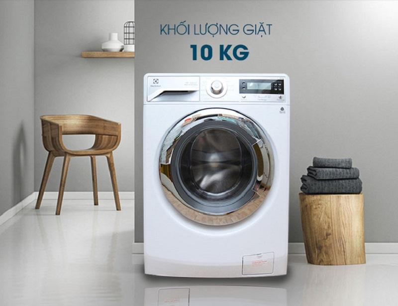 Với thiết kế độc đáo, máy giặt Electrolux EWF12022 sẽ đem lại sự mới mẻ nhưng không kém phần sang trọng và đẳng cấp cho gia đình bạn