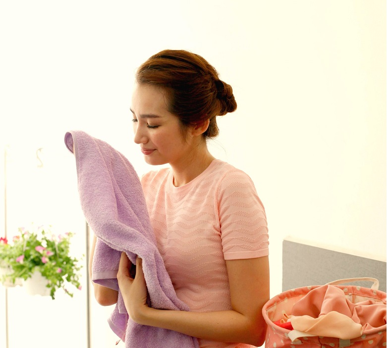 Máy giặt Aqua AQW-U125ZT S – Quần áo luôn được lưu hương thơm mát