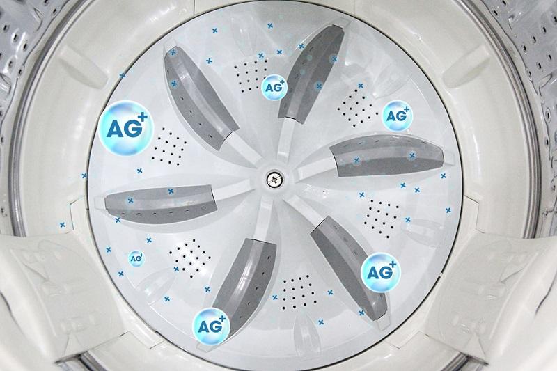 Nhờ mâm giặt có Nano Ag+, máy giặt Aqua AQW-F800Z2T S sẽ khử trùng được vi khuẩn, nấm mốc