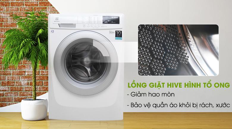 Lồng giặt HIVE hình tổ ong - Máy giặt Electrolux Inverter 7.5 kg EWF10744