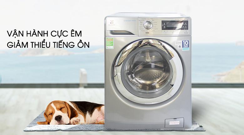 Vận hành cực êm - Máy giặt Electrolux Inverter 10 kg EWF14023S