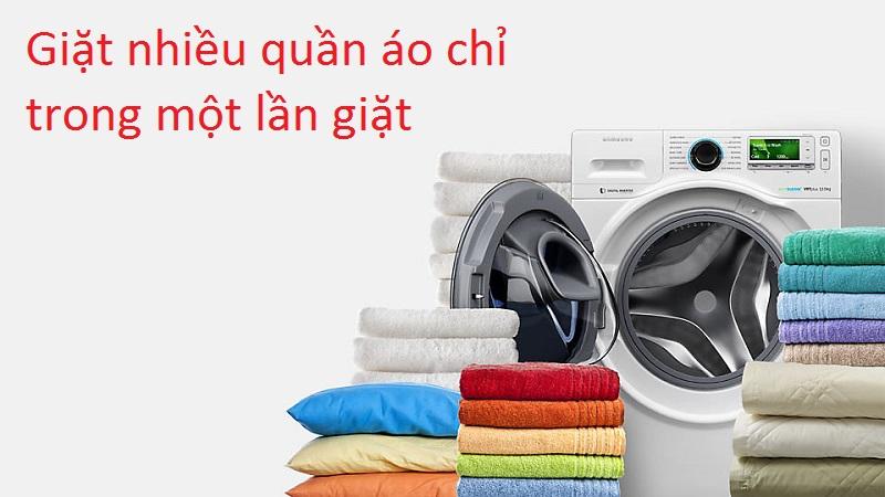khối lượng 12 kg cho phép giặt giũ nhiều quần áo