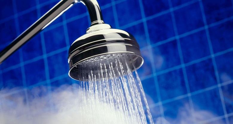 Lòng bình tráng men giữ nước nóng lâu - Máy nước nóng Ariston AN2 RS 30 lít