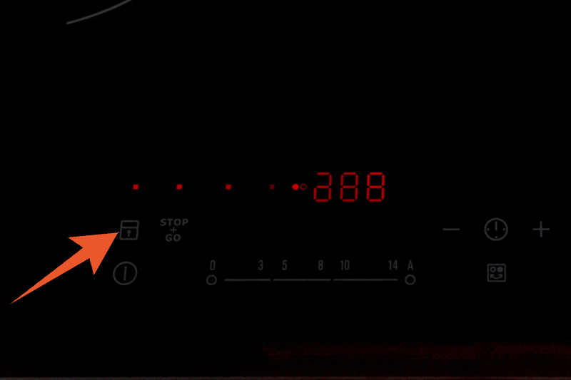 Khoá bảng điều khiển - Bếp điện từ đôi Electrolux EHI7260BA