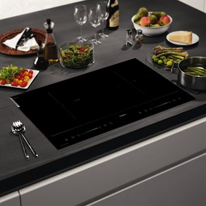 Bếp từ hồng ngoại TEKA HIC7322S Bếp trái 2000 W, bếp phải 1700 W