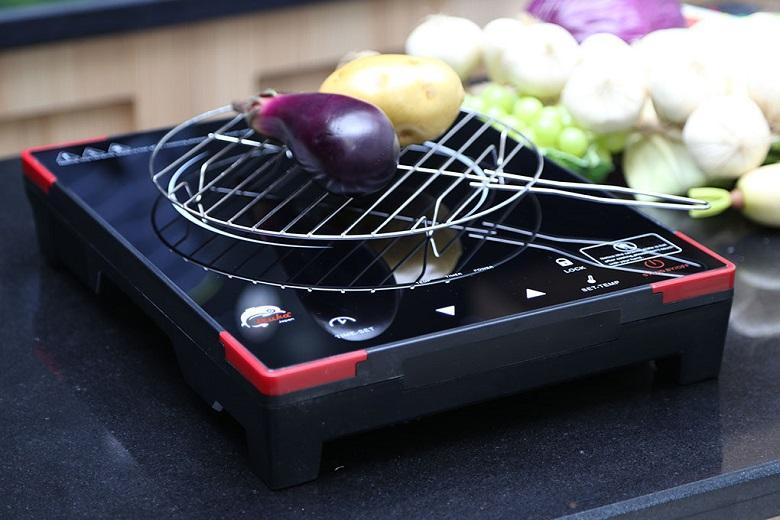 Bếp có thể đạt 650 độ C trong vài giây