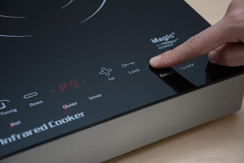 Bếp thiết kế điều khiển cảm ứng dễ thao tác, thân thiện với người dùng.