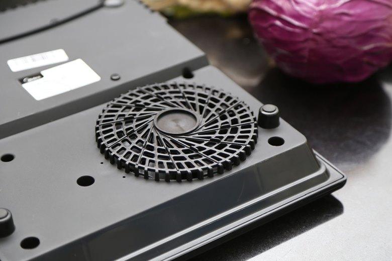 Quạt tản nhiệt tăng độ bền cho bếp