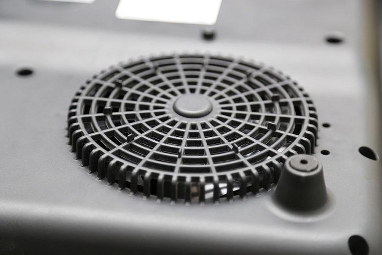 Hệ thống quạt tỏa nhiệt giúp điều hòa nhiệt lượng làm kéo dài tuổi thọ sản phẩm