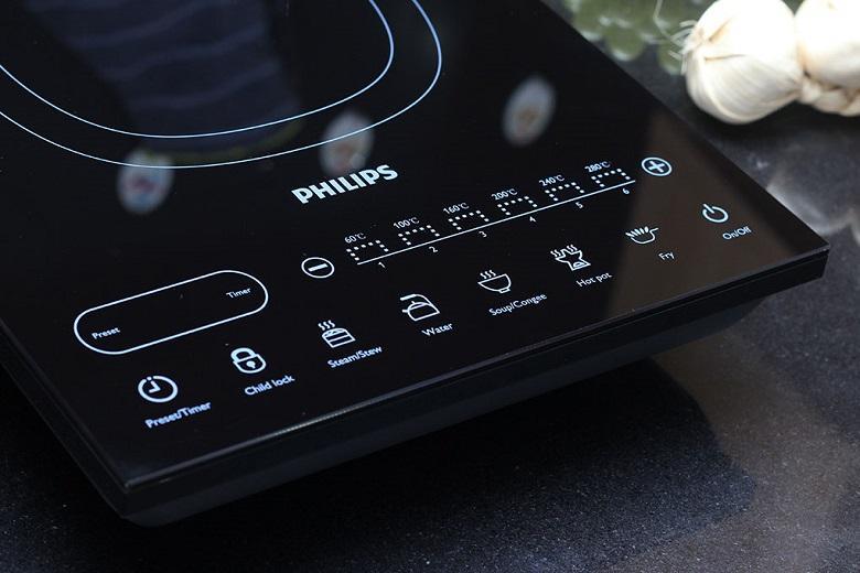 Các chế độ, chức năng được điều khiển dễ dàng bằng bảng điều khiển cảm ứng hiện đại