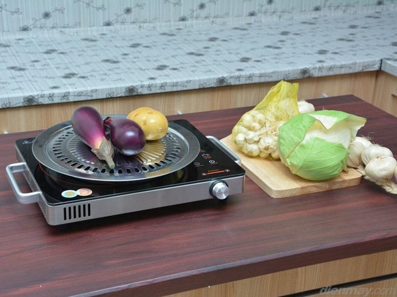 Mặt bếp bằng kính chịu nhiệt, siêu bền