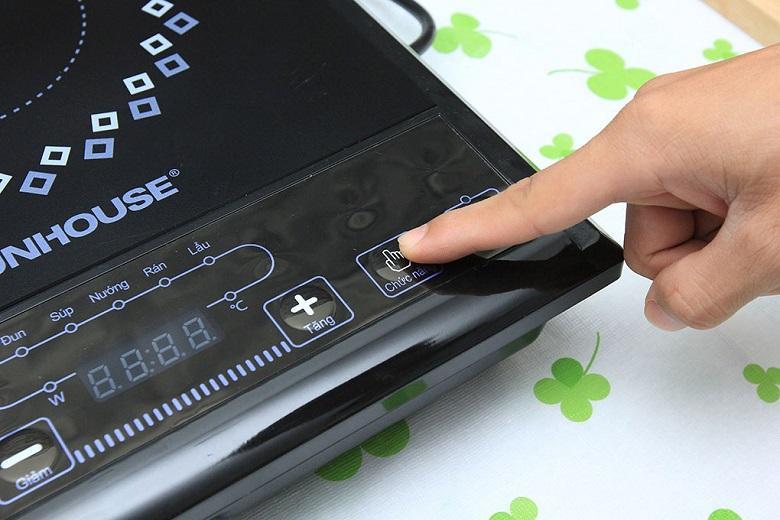 5 chế độ nấu được điều khiển bằng nút Chức năng một cách dễ dàng và tiện lợi