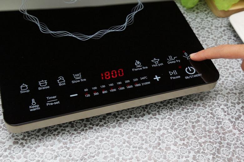 Nhấn nút để tăng nhiệt độ nấu, bếp có thể đạt 240oC