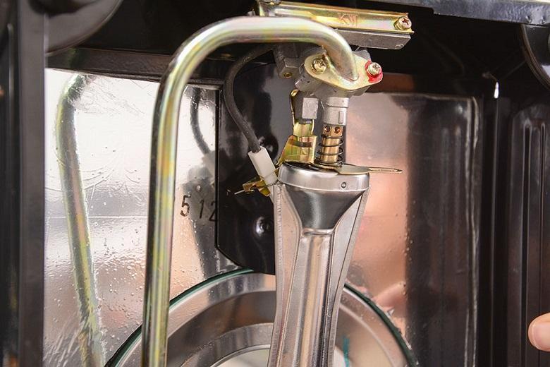 Bếp sử dụng hệ thống đánh lửa Magneto thế hệ mới, an toàn và tiết kiệm gas