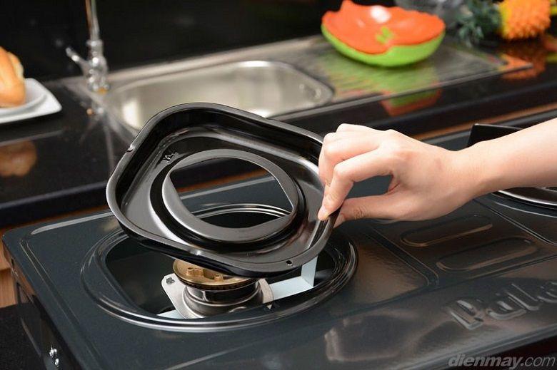 Thiết kế mâm hứng tháo rời, dễ dàng vệ sinh