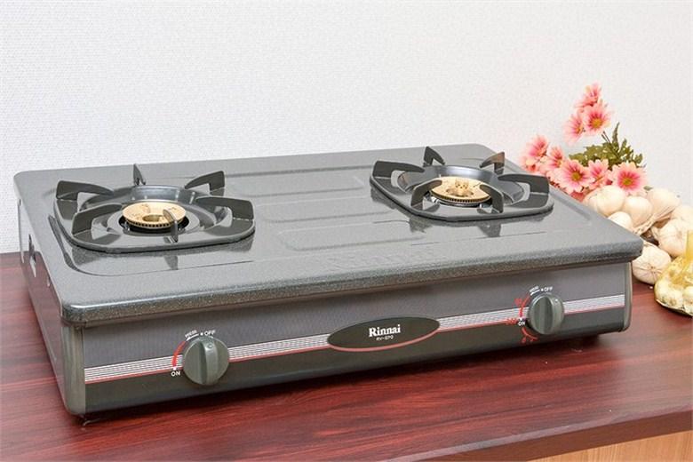 2 bếp nấu có kích thước khác nhau hợp với nhiều cỡ nồi niêu thật tiện lợi